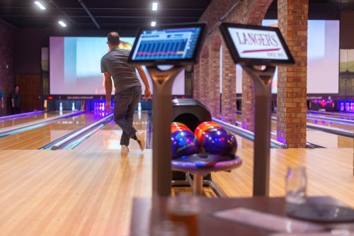 5 Ways To Improve Your Bowling Game Before Heading To Langers